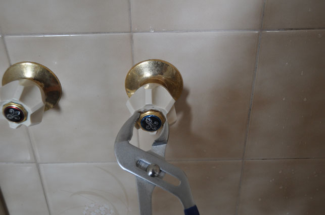 how to fix shower tap that wont turn off